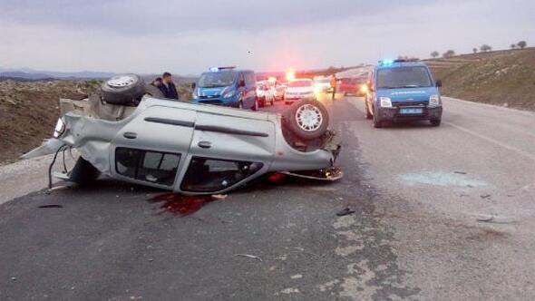 Otomobil takla attı:1 ölü, 3 yaralı