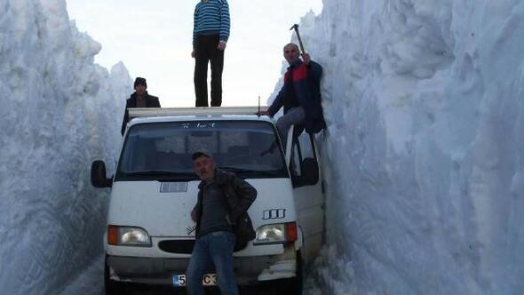 Kardan dolayı 6 aydır kapalı kalan yayla yolu açıldı