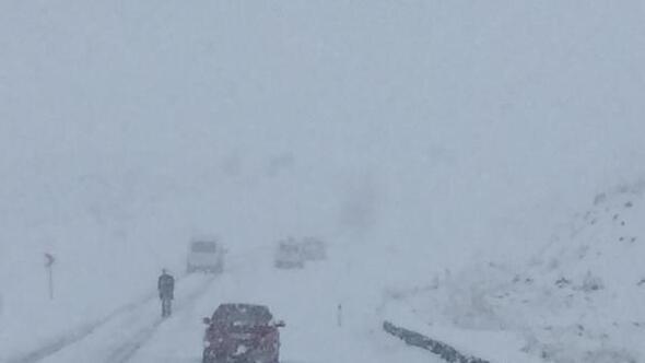 Doğuda 17 Nisanda kar sürprizi