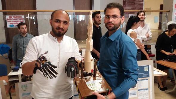 Suriyeli 2 üniversitelinin Robotik Yürüyen El projesi ilgi gördü
