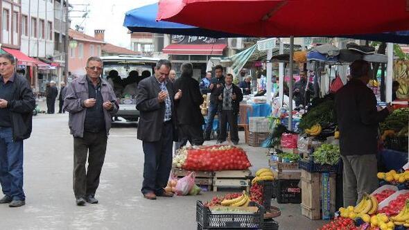 Keleste semt pazarı, bereket duasıyla açılıyor