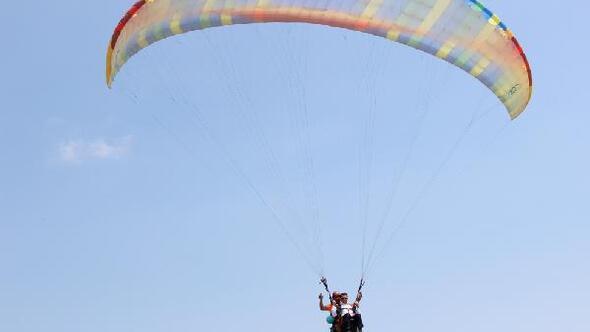 Türkiye Yamaç Paraşütü Hedef Şampiyonası 3ncü etabı Samandağda yapıldı