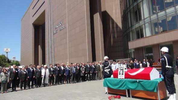 Vefat eden hakim için Bakırköy Adliyesinde tören
