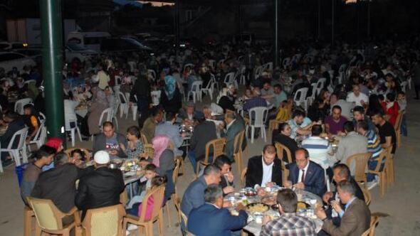 Gelendostta iftar programı