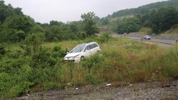 Bayram tatiline giderken kaza yaptılar: 3 yaralı