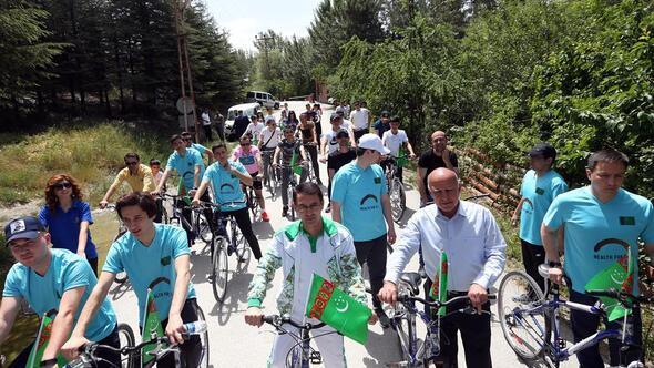Pedallar Bisiklet Günü için döndü