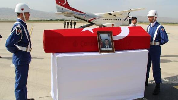 Şehit Uzman Onbaşı Eren için Elazığda tören