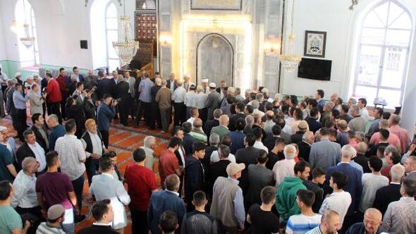 Burdurda protokol camide bayramlaştı