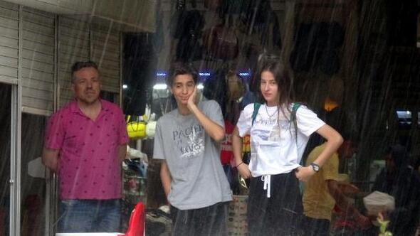 Muğlada şiddetli yağmur ve dolu yağışı