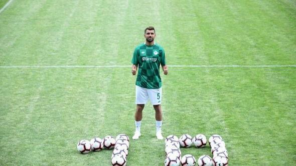 Konyaspor kaptanı Selim Ay: Şampiyon olmak ve Şampiyonlar Liginde oynamak istiyorum