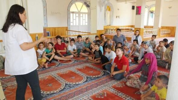 Burhaniyede camilerde hijyen eğitimi veriliyor