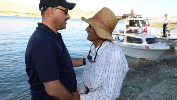Elazığ Valisinden adada 14 yıldır yalnız yaşayan Abaya ziyaret