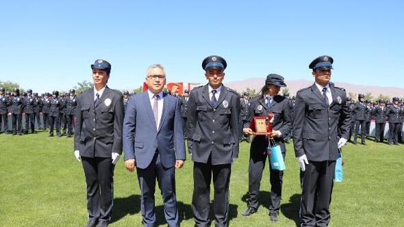 Niğde'de 837 polis mezun oldu