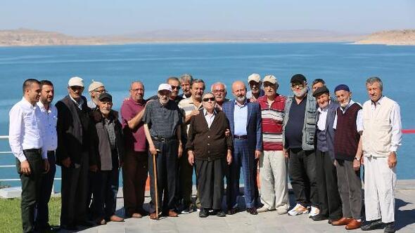 Başkan Çolakbayrakdar, huzurevi sakinlerini baraj kıyısında ağırladı