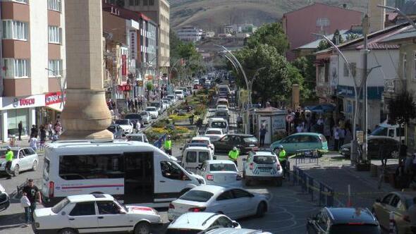 Bayburta tatilciler akın etti, kent doldu taştı