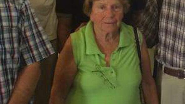 Bozcaadada yaşlı kadın denizde boğuldu