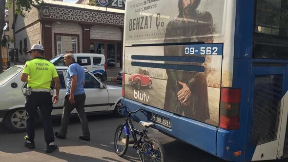 Anne ile çocuğuna EGO otobüsü çarptı