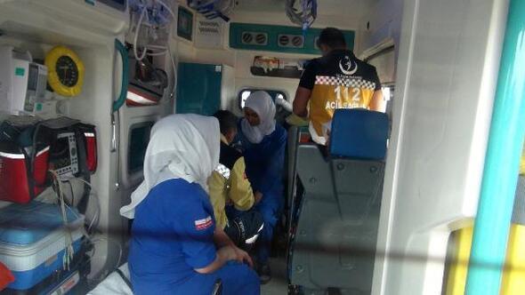 Kadın işçilerin servis midibüsü şarampole indi: 16 yaralı