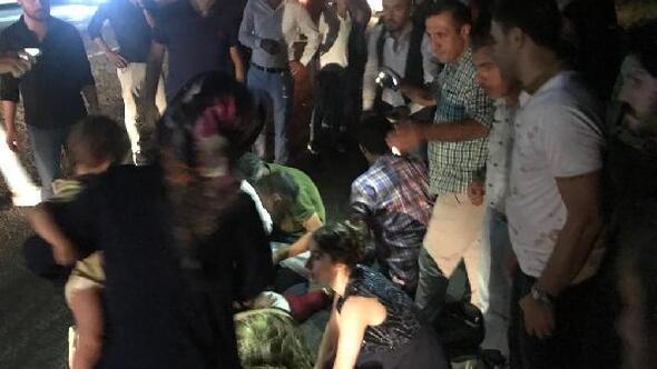 Hafif ticari aracın çarptığı karı koca öldü