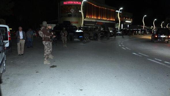 Turhalda 3 kişinin yaralandığı olayda 25 gözaltı