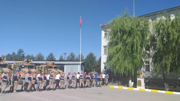 Muşta PKK/KCK operasyonu: 29 kişi gözaltında