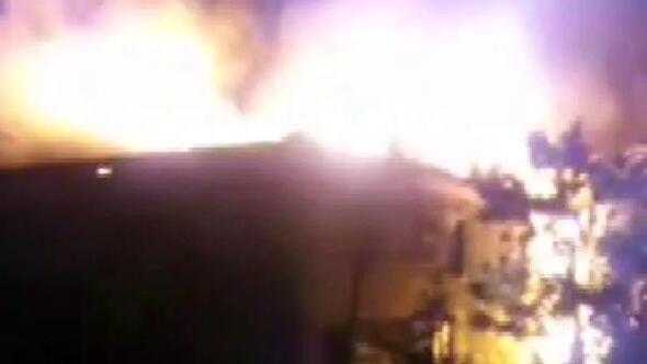 Sebende 2 ev yandı