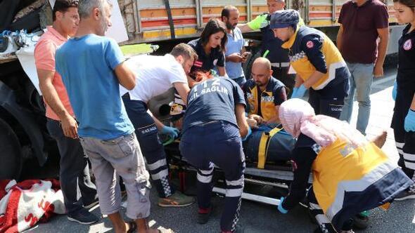 Eskişehirde 6 araç birbirine girdi: 2 yaralı
