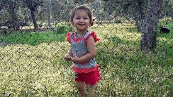 Taksinin çarptığı 3 yaşındaki Ceylan öldü