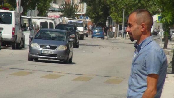 Çocuklarının ölümüne neden olan otobüs sürücüsünün serbest kalmasına tepki