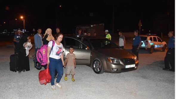 Hamile 3 kadın ile 2 çocuğu bırakıp kaçtı