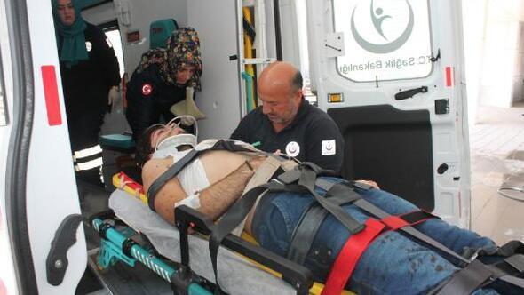 Otomobil, TIRa çarptı: aynı aileden 5 kişi yaralandı