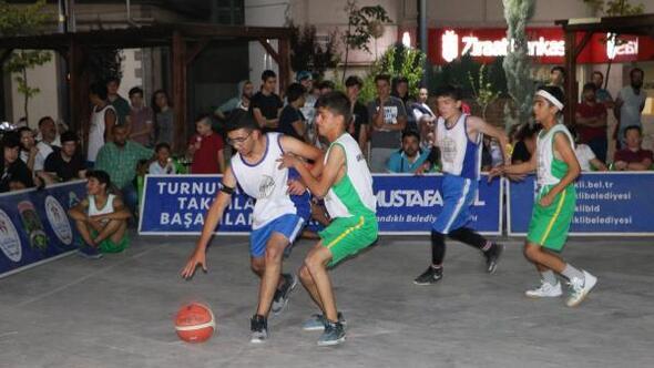 Sandıklıda Sokak Basketbolu Turnuvası