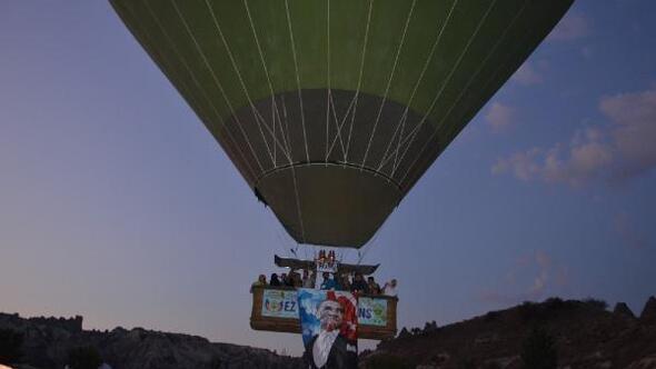 Sıcak hava balonu Atatürk posteriyle havalandı