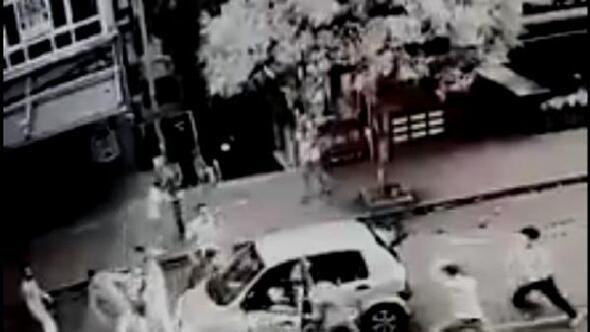 Samsunda bıçaklı sopalı kavga kamerada