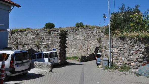 3 bin yıllık Amasra Kalesi ilgi bekliyor