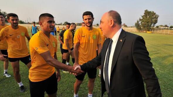 Vali Coşkundan Osmaniyespor FKya ziyaret
