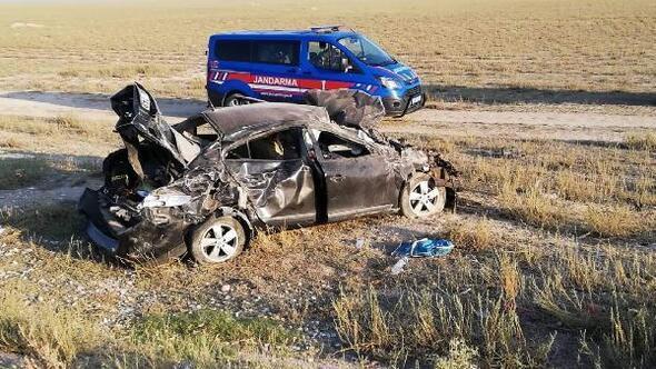 Nişan yolunda kaza yaptılar: 3ü çocuk, 7 yaralı