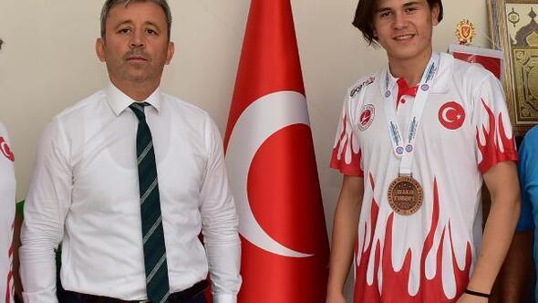 Osmaniyeli Sporcu Kick Boksta Avrupa üçüncüsü