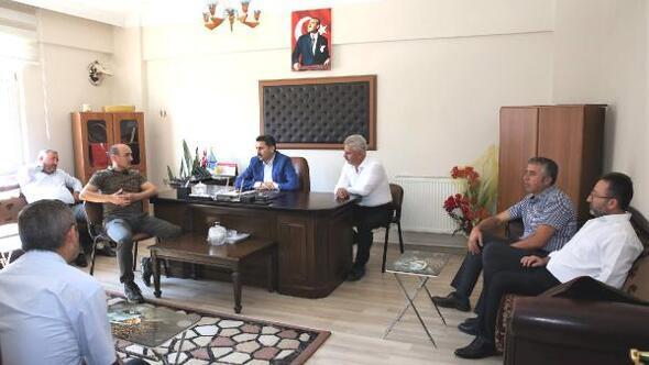 Belediye Başkanı Eroğlu, bakkal esnafı ile buluştu