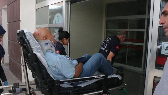 Motosikletsürücüsünün yaralandığı kaza kamerada