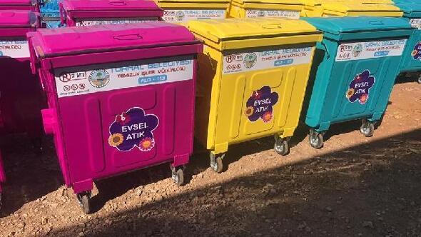Turhalda, çöp konteynerleri yenileniyor