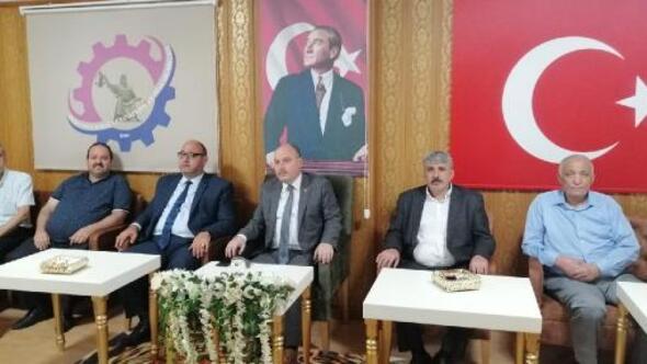 Vali Coşkundan Osmaniye Esnaf Odaları Birliğine ziyaret