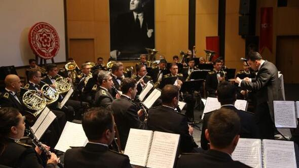 Türk Silahlı Kuvvetleri Armoni Mızıkasından Sivasta konser