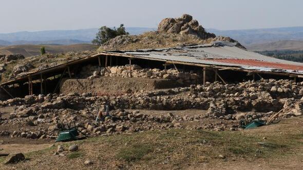 Hititler'in başkentinde 3 bin 500 yıllık tarih ortaya çıkarılıyor