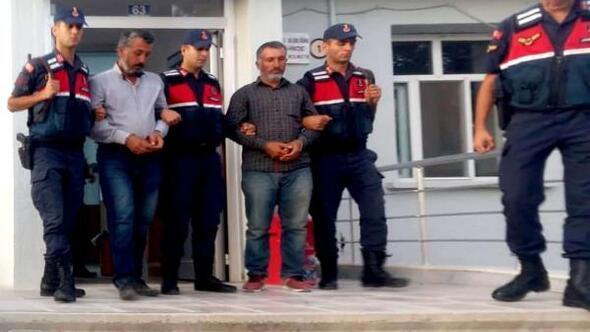 Amca oğullarını öldüren 2 kardeş, soğan tarlasında yakalandı