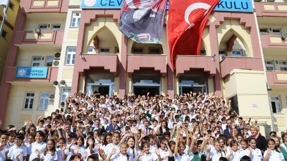 Çanakkalede 77 bin öğrenci ders başı yaptı