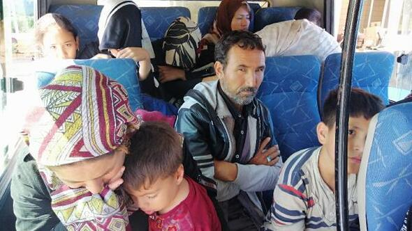 Ayvacıkta 97 kaçak göçmen yakalandı