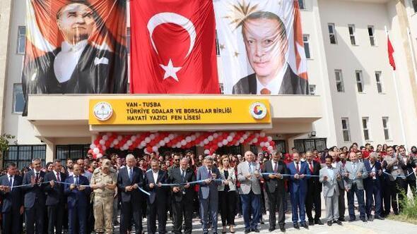 Cumhurbaşkanı Erdoğan, telekonferansla Vandaki lisenin açılışını yaptı