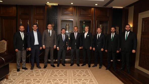 Bursaspor yönetimi, Başkan Aktaşı ziyaret etti