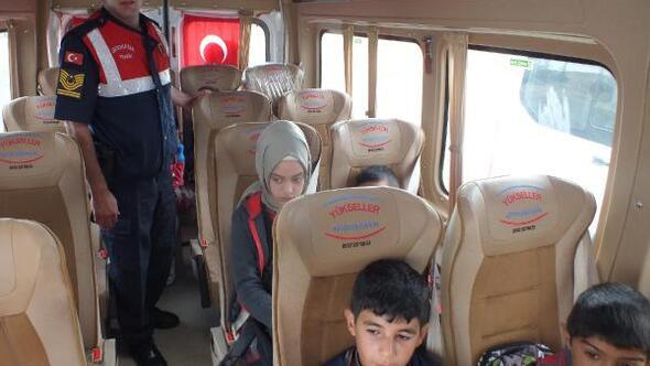 Köylerden öğrenci taşıyan servislere jandarma denetimi